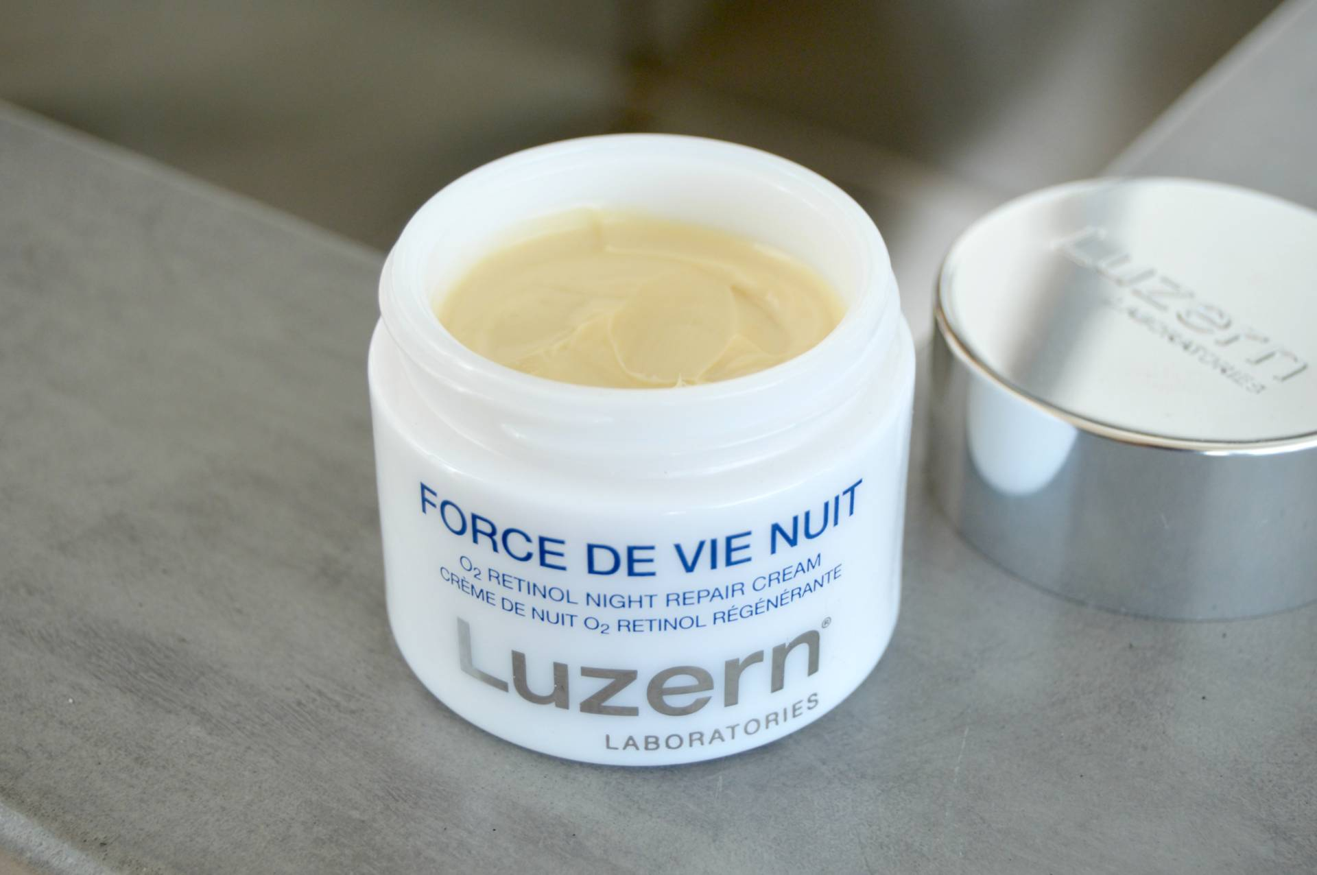 luzern-labs-inhautepursuit-force-de-vie-nuit-retinol-night-cream-review